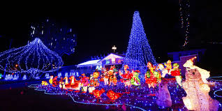Christmas Tree Cataract by Where To Find The Best Christmas Lights Displays For 2016