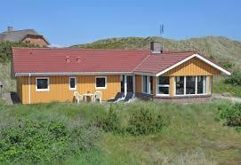 großes ferienhaus auf naturgrundstück dicht am meer esmark