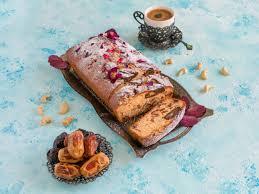 dessert hausgemachten cupcake mit datteln und nüssen