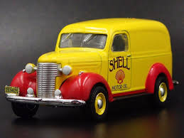 Greenlight 1/64 1939 Chevrolet Panel Truck