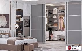 wardrobe closet designs to fit your space in dubai uae