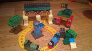 Thomas The Train Tidmouth Shed Instructions by 16 Thomas Tidmouth Sheds Mega Bloks Deposito Tidmouth Sheds