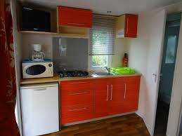 tv dans cuisine cuisine avec tv tnt photo de cing tohapi loyada talmont