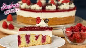 himbeertorte mit sahnecreme lecker fruchtig und frisch himbeer schmand kuchen valentinstag