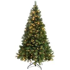 Artificial Christmas Trees Uk 6ft by Best 25 Artificial Christmas Trees Uk Ideas On Pinterest Tree
