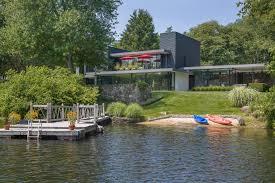 104 Water Front House Tour A Midcentury Modern Lake In Bedford N Y Hgtv Com S Ultimate Hunt 2015 Hgtv