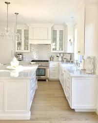 Kitchen Theme Ideas Chef by Best 25 White Kitchens Ideas On Pinterest White Kitchens Ideas