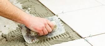 comment poser du carrelage de sol ou de mur outiz le