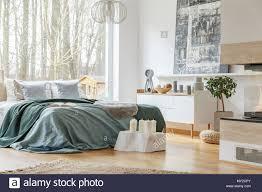 großer grüner teppich stockfotos und bilder kaufen alamy