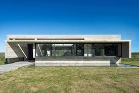 100 Concrete Home Modern Home Stays Cool For The Summer In Argentina Curbed