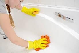 acryl badewanne reinigen anleitung in 6 schritten