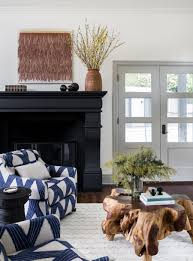 Black Fireplace + Natural Wood Slab Coffee Table + Patterned Chairs ... Patterned Living Room Chairs Luxury For Fabric Accent How To Choose The Best Rug Your Home 27 Gray Rooms Ideas To Use Paint And Decor In Patterned Chair Acecat Small Occasional With Arms 17 Upholstered Astounding Blue Sets Sofa White Couch Ding Grey Wingback Chair Printed Modern Fniture Comfortable You Want See 51 Stylish Decorating Designs