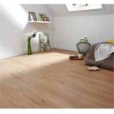 revetement de sol pour chambre choisir un revêtement de sol pas cher tendance déco maclou
