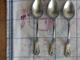 poignées cuillères pour meubles par nain de jardin