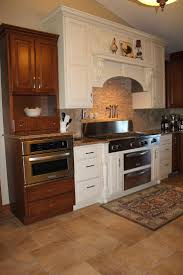 Kitchen Soffit Color Ideas by 258 Best Updating Cabinets Color And Soffit Images On Pinterest