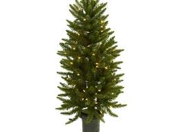 Christmas Tree 75 Ft by 75 Ft North Valley Spruce Artificial Christmas Tree With 550 Fia