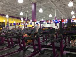 Planet Fitness Tanning Beds by On The Move Planet Fitness Moves To The Grove At Plymouth News
