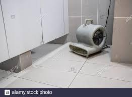 badezimmer ventilator stockfotos und bilder kaufen alamy
