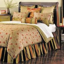 Nostalgia Bedding Collection Queen Size 7 piece set from Eastern