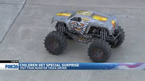 Monster Truck Driver Visits Kids At Valley Children's | KMPH Rock Crawlers 4x4 Big Foot Monster Truck Toy Suitable For Kids Above Drawing A Truck Easy Step By Trucks Transportation Foxfire Brown And Blue Rain Boots Amazonca Blaze The Machines Racing Remote Control Rc Crawler Bugee Sand Police Car Wash 3d Cartoon Driver Visits Kids At Valley Childrens Kmph On Baby Toddler Trucker Hat Jp Doodles Monster Dan Song Baby Rhymes Videos Youtube Coloring Pages With