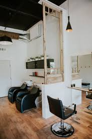 Hair Salon Chairs Suppliers by Best 25 Hair Salon Stations Ideas On Pinterest Salon Stations