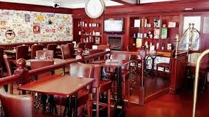 pub au bureau la garenne colombes restaurant le 90 s à la garenne colombes 92250 avis menu et prix