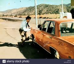 DENNIS WEAVER DUEL (1971 Stock Photo: 30936534 - Alamy