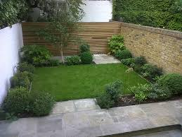 Garden Gorgeous Backyard Landscape Design Ideas With Green Grass In Square House And Marble Path Such As Wooden Fence Line Decoration