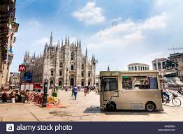 Snack Truck In Front Of The Duomo In Milan Stock Photo: 84531291 - Alamy