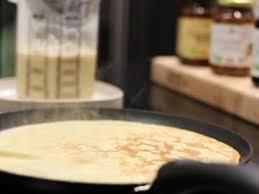 herv cuisine crepes 3 recettes géniales de crêpes sans lactose par hervé cuisine