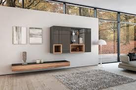 moderne wohnzimmermöbel naturholz und hochglanz elementen