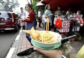 jakarta cuisine food in jakarta noodles 1