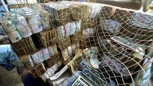 rdc de faux billets de 5000 francs congolais circulent à kinshasa