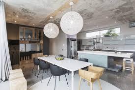 luxus interieur eines modernen hauses esszimmer und küche