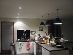 eclairage plan de travail cuisine luminaire plan de travail cuisine agrandir un clairage de cuisine