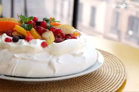 cuisiner blanc d oeuf pavlova aux fruits pour utiliser les restes de blancs d oeufs