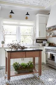 White Kitchen Design Ideas 2017 by Best 25 Spanish Kitchen Decor Ideas On Pinterest Spanish