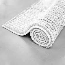 floordirekt chenille badematte coral zarte kräftige farben badezimmer teppich waschbarer badvorleger 70 cm x 120 cm weiß