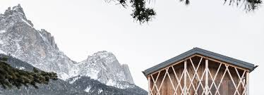 100 Mountain House Designs Noa Designs Traditional Alpine Mountain Home With Unexpected Interiors