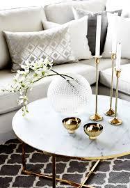 7 tipps ihren modernen wohnzimmer couchtisch zu dekorieren