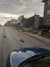 100 Tow Truck Kansas City Local Restaurant Destroyed After Tow Truck Is Pushed Into Building