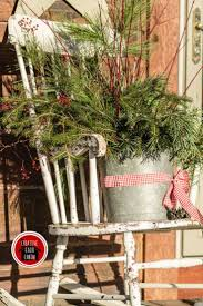Whoville Christmas Tree Edmonton by 287 Best Outdoor Christmas Urns And Arrangements Images On