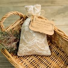 Affordable Rustic Jute Hessian Favor Bags With Bracket Craft Paper Tags EWFB158