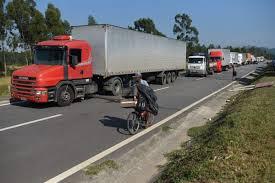 100 Truck Strike Brazil Er Points To State Running On Empty Bloomberg