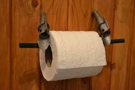 support a papier de toilette un support à papier de toilette original lesmatines