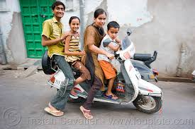 Family Riding Motor Scooter India