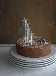 schokoladen zimt torte mit pflaumenmus kuchen und torten