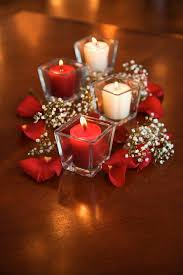 Simple Centerpieces For Dining Room Tables by Best 25 Red Wedding Centerpieces Ideas On Pinterest Red Rose