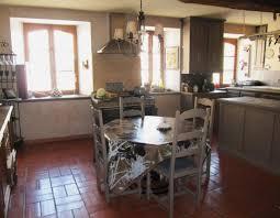 transformer une cuisine rustique relooker une cuisine rustique 26 01 2011 ladepeche fr