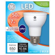 Ge Artificial Christmas Tree Replacement Bulbs by Ge Led 7 Watt Energy Star Par20 Daylight Security Flood Bulb 50